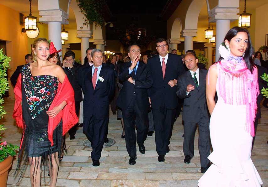 Visita de autoridades al centro comercial Plaza Mayor de Málaga, en su inauguración