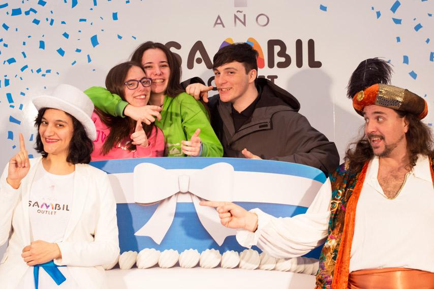 Photocall con forma de tarta para celebrar el primer aniversario de Sambil